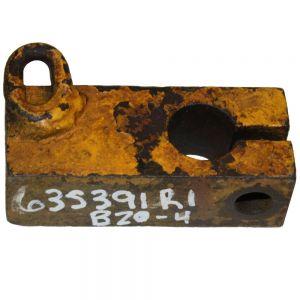 635391R1U Block, Steering Clutch Release Shaft TD5